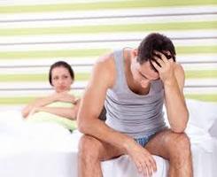 Typowa reakcja kobiety na brak wzwodu